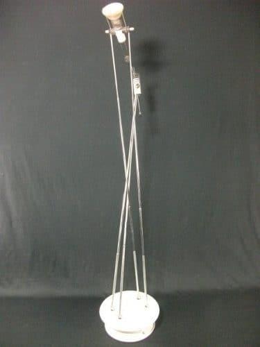 Luminária De Teto Em Metal Com Hastes Retrateis