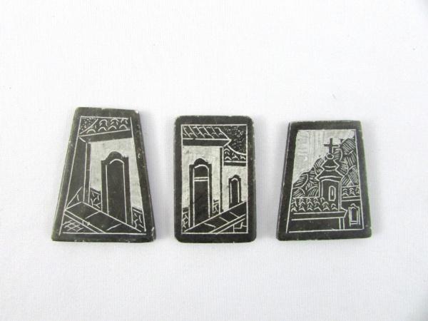 Pedras Geométricas Decoradas Por Antigas Cenas Urbanas